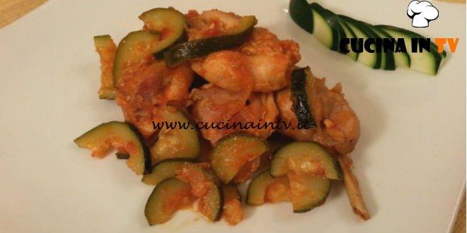 Cotto e mangiato - Coniglio alle zucchine ricetta Tessa Gelisio