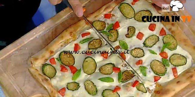 La Prova del Cuoco - Pizza con zucchine bianche e Pomodoro San Marzano ricetta Gino Sorbillo