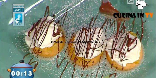 La Prova del Cuoco - Mini cupcakes all'arancia con gelato glassato ricetta Ambra Romani