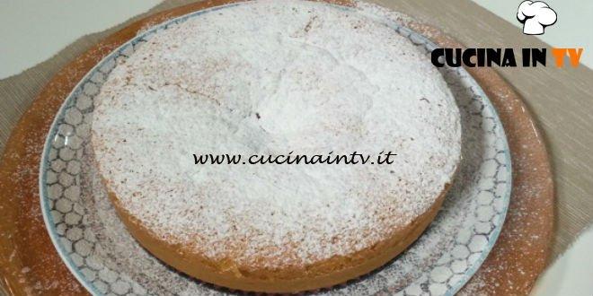 Cotto e mangiato - Torta soffice allo zafferano ricetta Tessa Gelisio