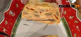 La Prova del Cuoco - Bauletto di agnolotti e besciamella rossa in sfoglia ricetta Anna Moroni