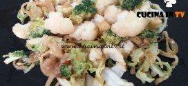 Cotto e mangiato - Verdure saltate con soia e zenzero ricetta Tessa Gelisio