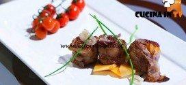 Masterchef 5 - ricetta Involtino di salsiccia lardellato ripieno di nespole di Dario
