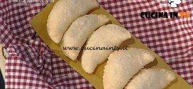 La Prova del Cuoco - Panzerotti filanti ai funghi pioppini ricetta Daniele Persegani