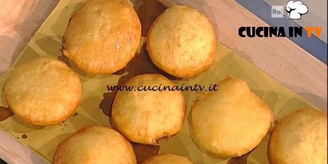 La Prova del Cuoco - Bomboloni di patate con mortadella ricetta Anna Moroni