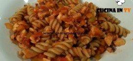 Cotto e mangiato - Fusilli al ragù di polpo ricetta Tessa Gelisio