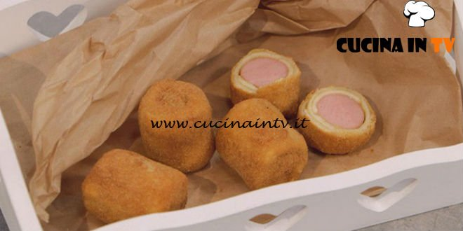 La Cuoca Bendata - ricetta Rotolini di wurstel e formaggio di Benedetta Parodi