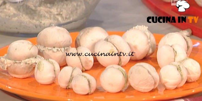 La Prova del Cuoco - Baci di champignon ripieni di tonno e caprino ricetta Marco Bianchi