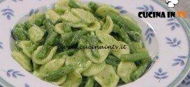 La Cuoca Bendata - ricetta Orecchiette con fagiolini e pesto di rucola di Benedetta Parodi