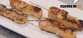 La Cuoca Bendata - ricetta Spiedini di salmone satay di Benedetta Parodi