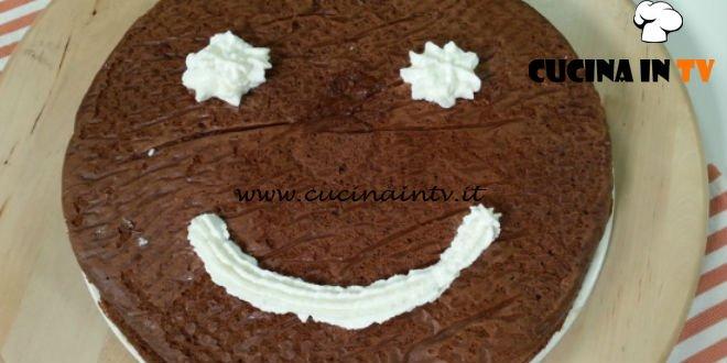 Cotto e mangiato - Torta con cuore di panna ricetta Tessa Gelisio