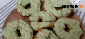 Cotto e mangiato - Friselle all'avocado piccante ricetta Tessa Gelisio