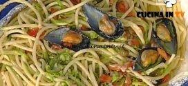 La Prova del Cuoco - Bucatini cozze e pecorino al cartoccio ricetta Anna Moroni