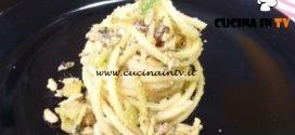 Cotto e mangiato - Pasta con le sarde e finocchietto selvatico ricetta Tessa Gelisio