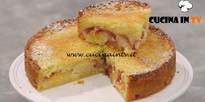 torta di pesche ricetta benedetta parodi da la cuoca bendata ... - Ricette Di Cucina Benedetta Parodi