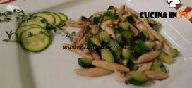 Cotto e mangiato - Trofie con zucchine sgombro e semi di lino ricetta Tessa Gelisio