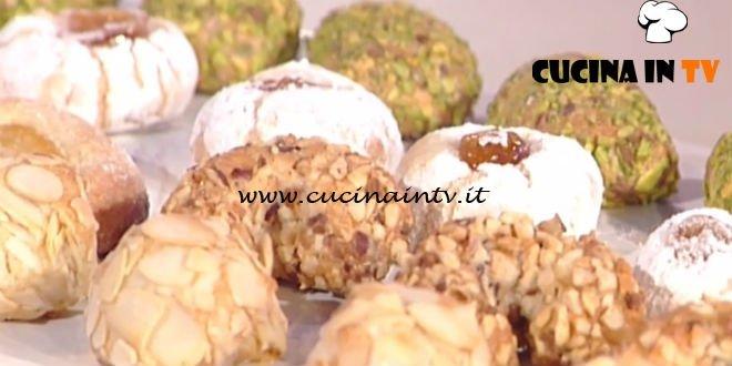 Biscotti Alle Mandorle Ricetta Ragona La Prova Del Cuoco
