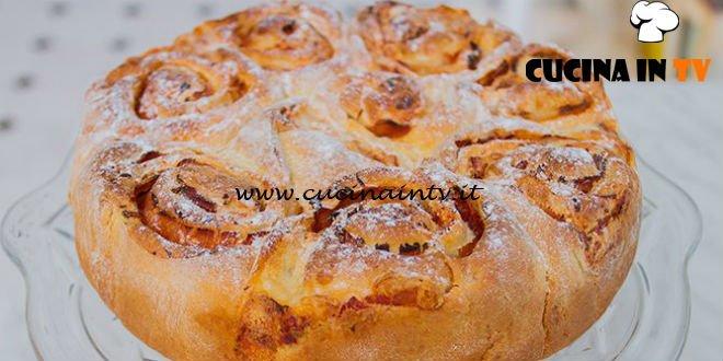 Bake Off Italia 4 - ricetta Finta torta di rose con prosciutto cotto e mozzarella di Mattia