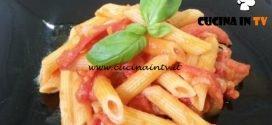 Cotto e mangiato - Pennette con i peperoni ricetta Tessa Gelisio