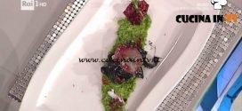 La Prova del Cuoco - ricetta Insalata di seppia sporca alla griglia con peperoncino e rape