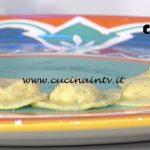 La Prova del Cuoco - Medaglioni al burro e salvia ripieni di triglie e nocciole ricetta Roberto Valbuzzi