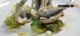 Cucine da incubo - Fritto di sarde con scarola e burrata ricetta Antonino Cannavacciuolo