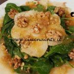 Cotto e mangiato - Insalata invernale con spinacini pere e noci ricetta Tessa Gelisio