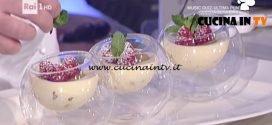 La Prova del Cuoco - Bavarese alla vaniglia profumata al lime con biscotto croccante ricetta Mario Ragona