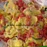 La Prova del Cuoco - Fiori di rucola e robiola con concassé di pomodori ricetta Alessandra Spisni