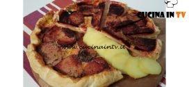 Cotto e mangiato - Torta salata patate e barbabietola rossa ricetta Tessa Gelisio