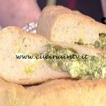 La Prova del Cuoco - Focaccia di patate con pesto fagiolini e crescenza ricetta Anna Moroni