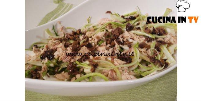 Cotto e mangiato - Insalata di puntarelle e sgombro ricetta Tessa Gelisio