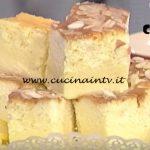 La Prova del Cuoco - Torta magica al limone con caramello e mandorle ricetta Natalia Cattelani