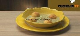 Pronto e postato - ricetta Crema di fave con bignè di parmigiano di Benedetta Parodi
