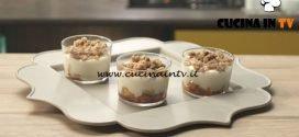 Pronto e postato - ricetta Dolce al cucchiaio con pesche e amaretti di Benedetta Parodi
