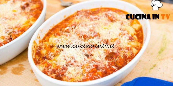 Masterchef Italia 6 - ricetta Gnocchi di pane con ragù materano menù squadra blu di Valerio Braschi