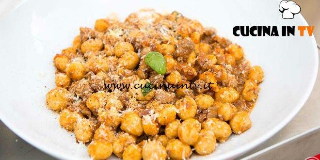 Masterchef Italia 6 - ricetta Gnocchi di pane con ragù materano menù squadra rossa di Margherita Russo