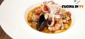 Masterchef Italia 6 - ricetta Zuppa del frantoio con insalata di scoglio, guanciale croccante e polvere di taralli di Bruno Barbieri