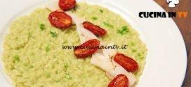 Masterchef Italia 6 - ricetta Risotto con crema di bucce di piselli e calamari al profumo di lime di Cristina Nicolini