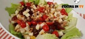 Cotto e mangiato - Insalata di uva pere formaggio e noci ricetta Tessa Gelisio