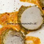 Masterchef Italia 6 - ricetta Involtino di galletto in crosta di pistacchi su crema di peperoni e tabasco con aria di latte di Roberto Perugini