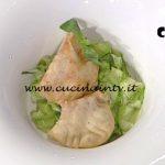 La Prova del Cuoco - Mini panzerotti mozzarella e pomodoro con zucchine all'agro ricetta Ambra Romani