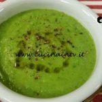 Cotto e mangiato - Vellutata zucchine e piselli alla menta ricetta Tessa Gelisio