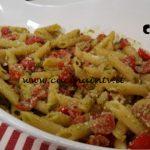 Cotto e mangiato - Pasta fredda pesto pomodori e mandorle ricetta Tessa Gelisio