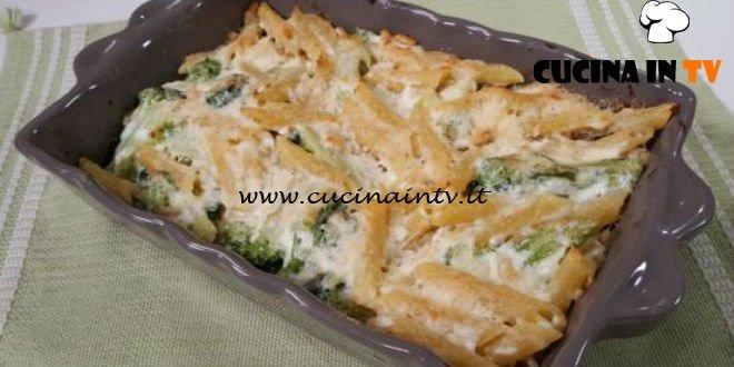 Cotto e mangiato - Penne alla ricotta con broccoli limone e pinoli ricetta Tessa Gelisio