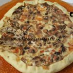 Cotto e mangiato - Torta funghi e formaggi ricetta Tessa Gelisio