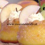 La Prova del Cuoco - Babà alla mela annurca e cannella ricetta Sal De Riso