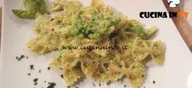 Cotto e mangiato - Farfalle con broccolo romano e pesto di pistacchi ricetta Tessa Gelisio