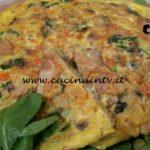 Cotto e mangiato - Frittata patate funghi e spinacini ricetta Tessa Gelisio