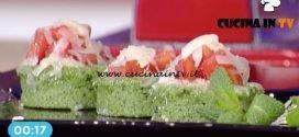La Prova del Cuoco - Gnocchi di semolino verdi con pomodoro e provola affumicata ricetta Gian Piero Fava